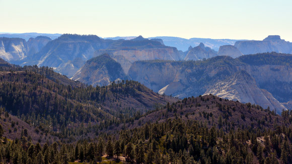 High-on-the-west-rim-trail-Zion-Canyon-in-the-distance-580