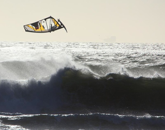 kite-surfing-580
